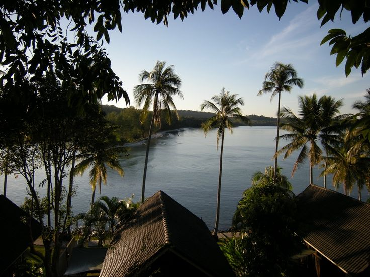 Breathtaking views of paradise #kohkood #kokut #Thailand    http://www.awayresorts.com/