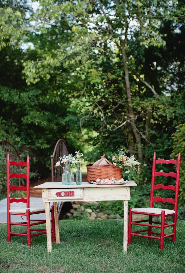 Vintage Garden Picnic. Dine and then relax on an outside bed to watch a movie.