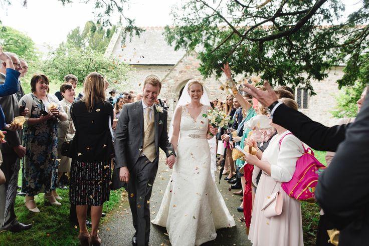 Heather & Steve's fab wedding in Feock now on the blog  https://www.stewartgirvan.co.uk/heather-steve-wedding-day/?utm_content=bufferb4187&utm_medium=social&utm_source=pinterest.com&utm_campaign=buffer