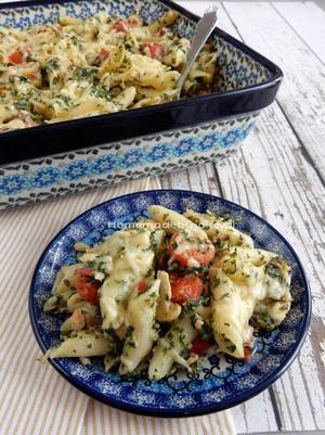 Bekijk de foto van Homemade By Joke met als titel Pasta ovenschotel met zalm, spinazie en Boursin. Recept staat op mijn blog Homemade by Joke. en andere inspirerende plaatjes op Welke.nl.