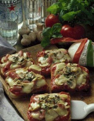 Das Rezept für Pizza-Toast mit Schinken und weitere kostenlose Rezepte auf LECKER.de