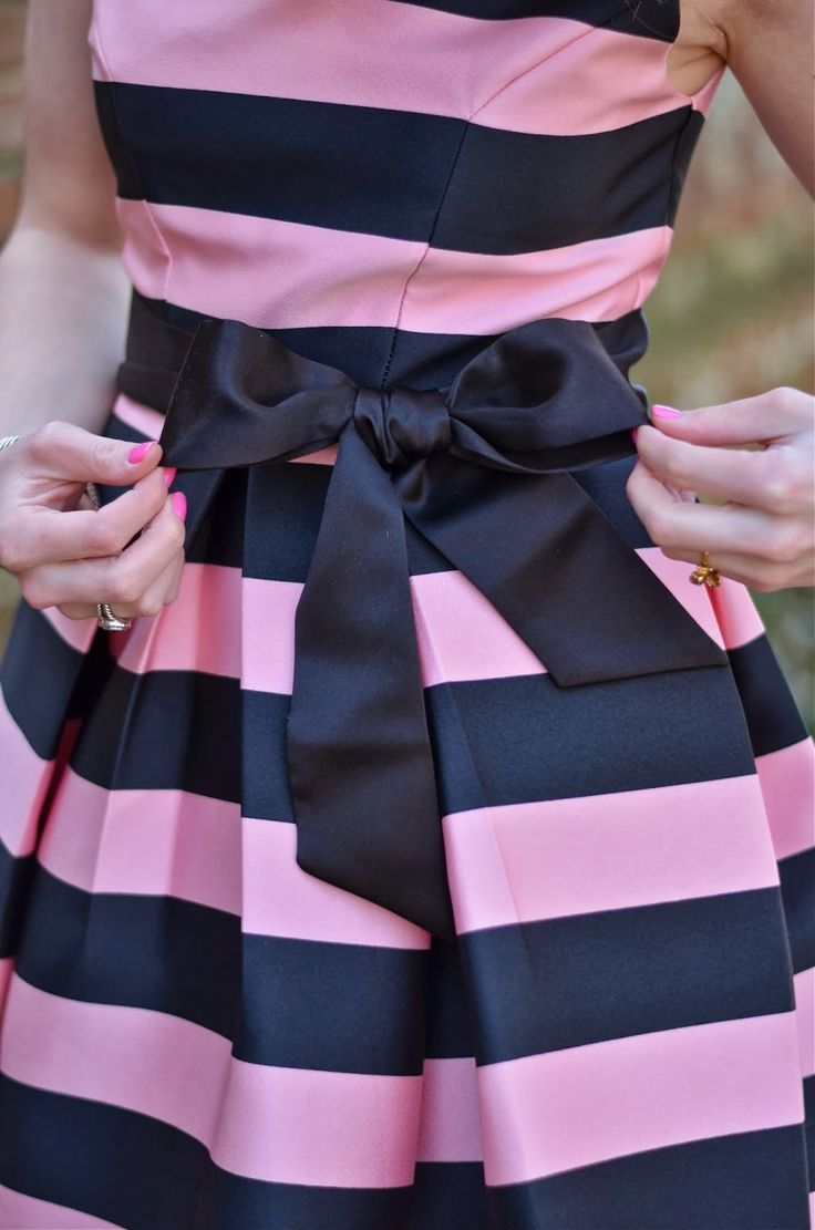 Navy and Pink Striped Dress | Fashionistas | Pinterest ...