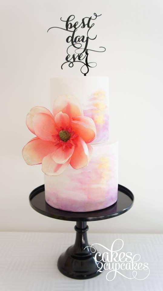 watercolour cake with sugar magnolia