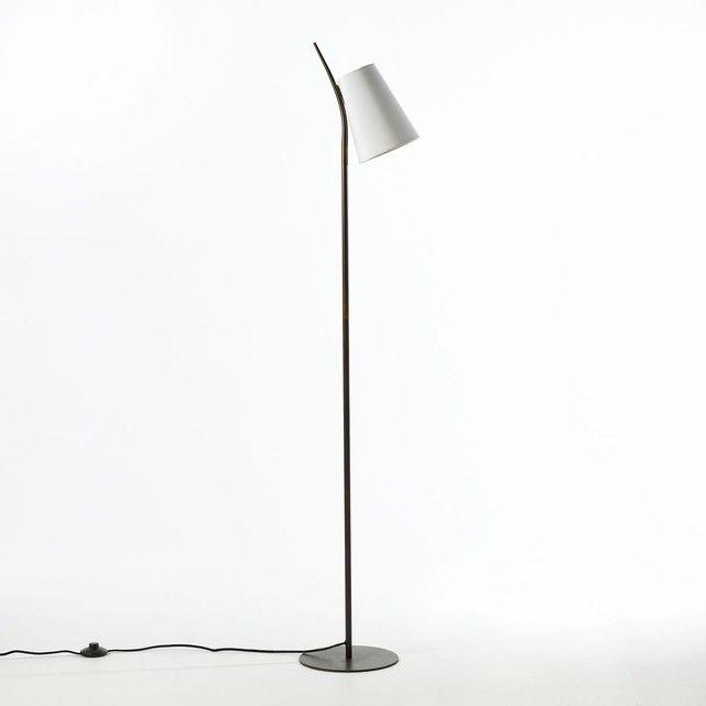 Le lampadaire Jouanico : une ligne élégante parfaite comme liseuse ou comme lampadaire ! Caractéristiques :- Structure en métal recouvert d'une peinture époxy- Abat-jour en coton.- Douille E14 pour ampoule fluocompacte 8W maxi (non fournie).- Compatible avec des ampoules des classes énergétiques A.Dimensions :- L25 x H154 x P27,5 cm.Cet article peut convenir pour une chambre d'enfant de plus de 14 ans selon la norme en vigueur.