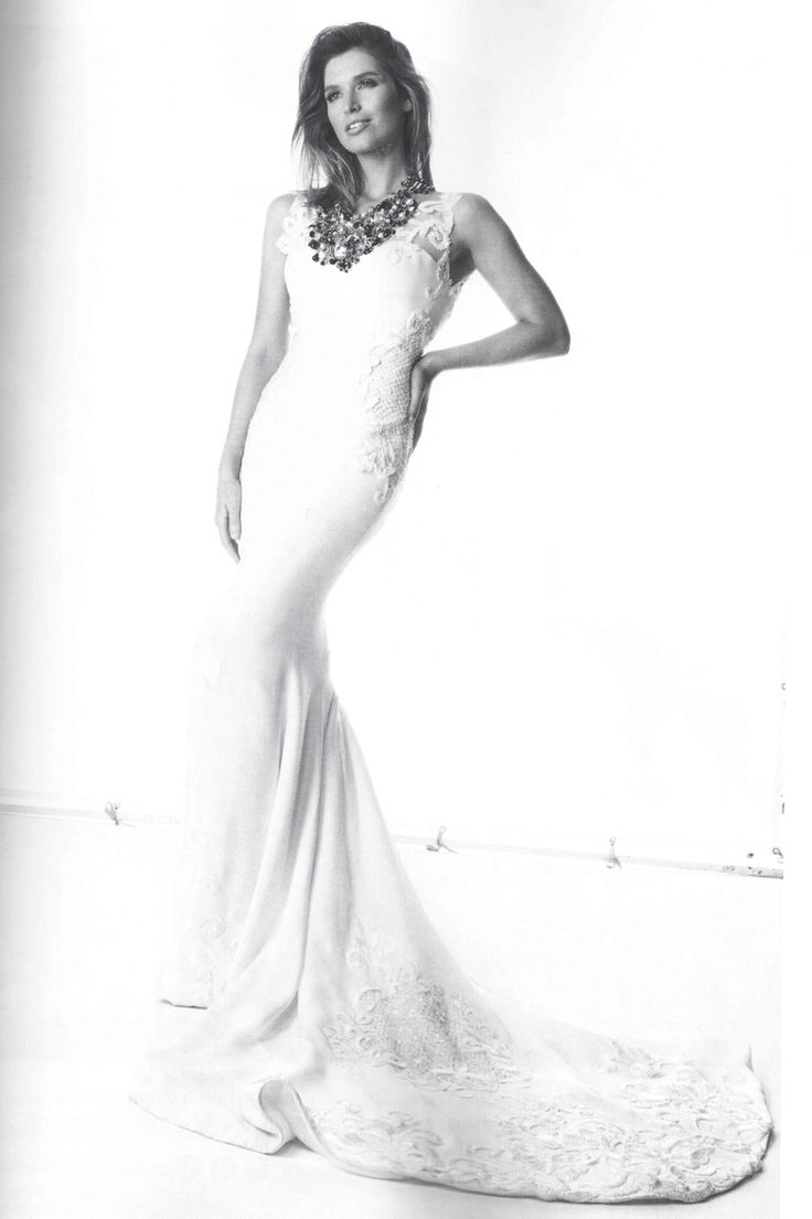 One of my favourite looks from the latest @brideaustralia magazine editorial styled by the gorgeous @kimellmer and showcasing a stunning Nomiki Glynatsis Couture Necklace. #nomikiglynatsiscouture #ngc #stunning #beautiful #bride #bridal #jewellery #couture #swarovski #pr #latestedition #luxuryweddings #editorial #magazinefeature #magazine #wedding #exclusive #redcarpet #australiandesigner