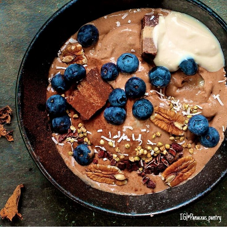 "Cacao-is-King Smoothie Bowl:  Download our FREE ThinTea Recipe App for this #CleanEating Recipe & more!! Simply search in the App Store: ""ThinTea"""