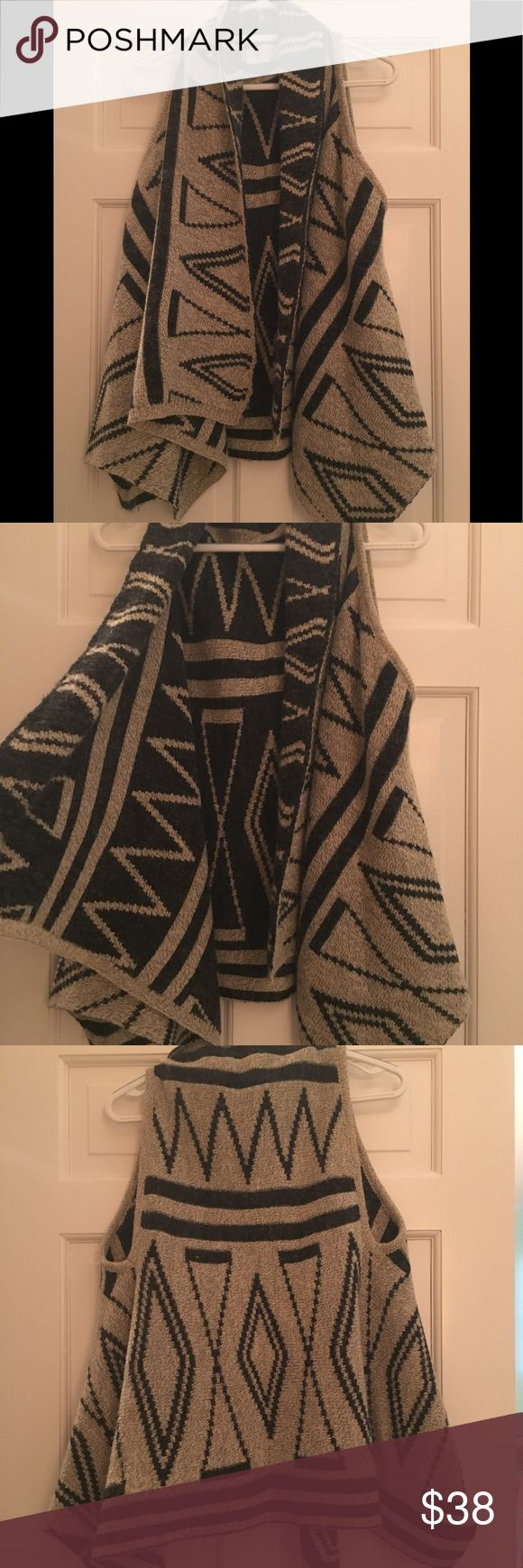 Dreamers knit Aztec vest WORN ONCE High low vest with inverse colors on inside Dreamers Jackets & Coats Vests