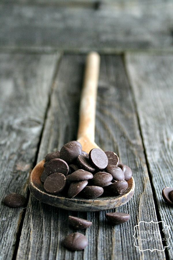 Can I get a hallelujah that dark chocolate actually has health benefits!!!