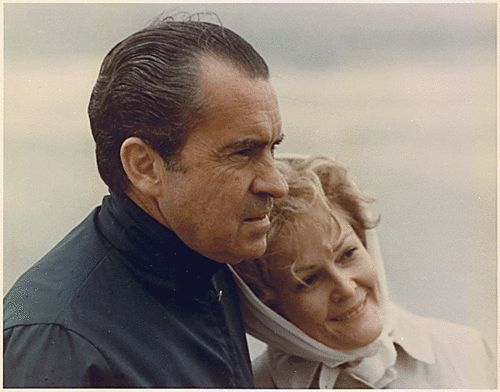 """RICHARD & PAT NIXON Secrets of the Secret Service. Ronald Kessler's book about our presidents *A """"moral"""" man but very odd, weird, paranoid."""