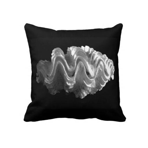 Giant Frilled Clam Seashell Tridacna squamosa Throw Pillows