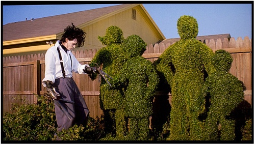 the idea of fitting in in edward scissorhands a film by tim burton Edward scissorhands, a film directed by tim burton, tells the story of a machine- turned-man pulled from his  edward awkwardly tries to fit in, but to no avail.