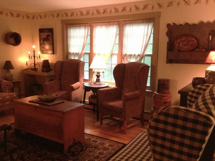 Living room  Primitive HomesCountry PrimitivePrimitive DecorKeeping  500 best PRIMITIVE   COLONIAL DECOR images on Pinterest  . Primitive Decorating Ideas For Living Room. Home Design Ideas