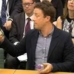 #branding #marketing THIS is how to label fizzy drinks Prime Minister! Jamie Oliver tells Cameron ...  'I do think that tiny bit of branding is powerful,' he said. .... Last week Oliver added his voice to criticism of Jeremy Hunt over his refusal to release a PHE review of evidence on the policy before the publication of a Government strategy on ... http://rock.ly/0oi8g