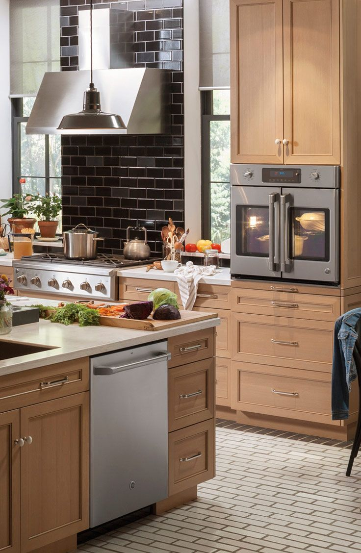 25 Best Ideas About Professional Kitchen On Pinterest Cooking Commercial Kitchen Appliances Used