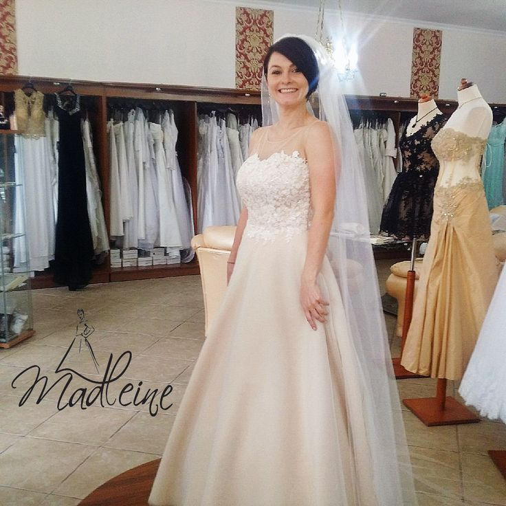 Sukienka ślubna odebrana, Panna Młoda zadowolona...  Nic dodać, nic ując ;)