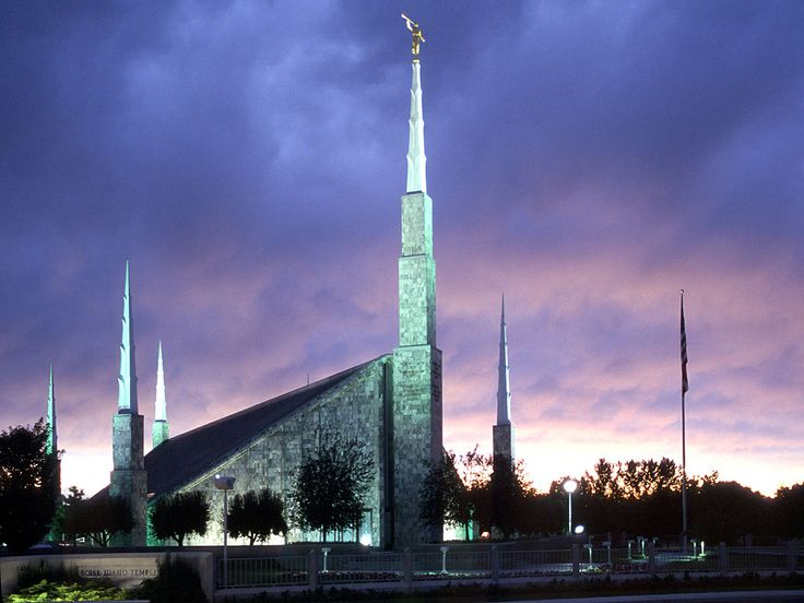 Click to enlarge this image of the Boise Idaho Mormon Temple
