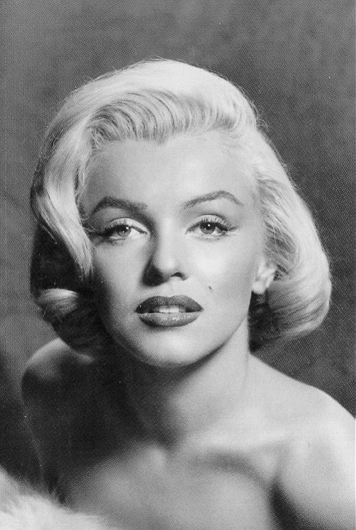 16 best images about marilyn monroe diva 1 on pinterest - Marilyn monroe diva ...
