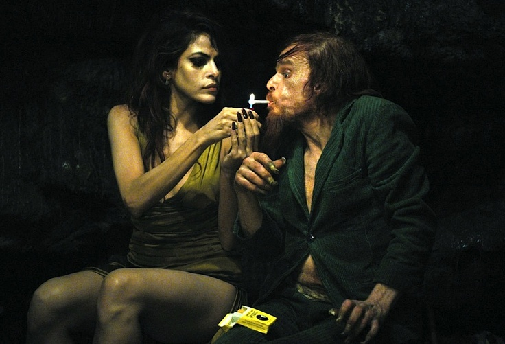 HOLY MOTORS - From dawn to dusk, a few hours in the life of Monsieur Oscar, a shadowy character who journeys from one life to the next. He is, in turn, captain of industry, assassin, beggar, monster, family man... He seems to be playing roles, plunging headlong into each part...He's like a conscientious assassin moving from hit to hit. In pursuit of the beautiful gesture, the mysterious driving force, the women and the ghosts of past lives.... WATCH TRAILER by pressing on the picture