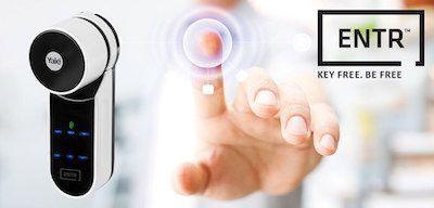 Yale ENTR | Die intelligente und einfache Schließlösung  ENTR von Yale ist eine intelligente Schließlösung für das smarte Zuhause. Es ist eine Integration in das RWE Smarthome System möglich. Es stehen verschiedene Produkte zur Auswahl: Touchpad für PIN-Eingabe, dedizierter Handsender, Fingerabdruckscanner.