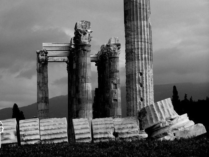 VISIT GREECE| Black and White Athens, Greece