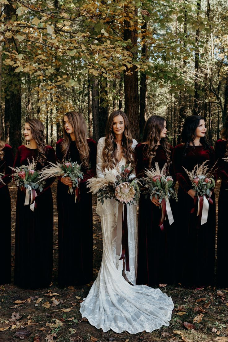 Moody Bridal Party Dresses Bridalparty Dark Wedding Velvet Bridesmaid Dresses Long Sleeve Bridesmaid Dress