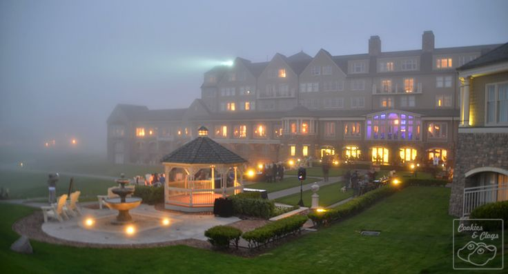 Fog-covered dusk at the Ritz-Carlton Half Moon Bay in California. Luxury Hotel by the Coast that is Dog-Friendly with a monthly Yappy Hour.