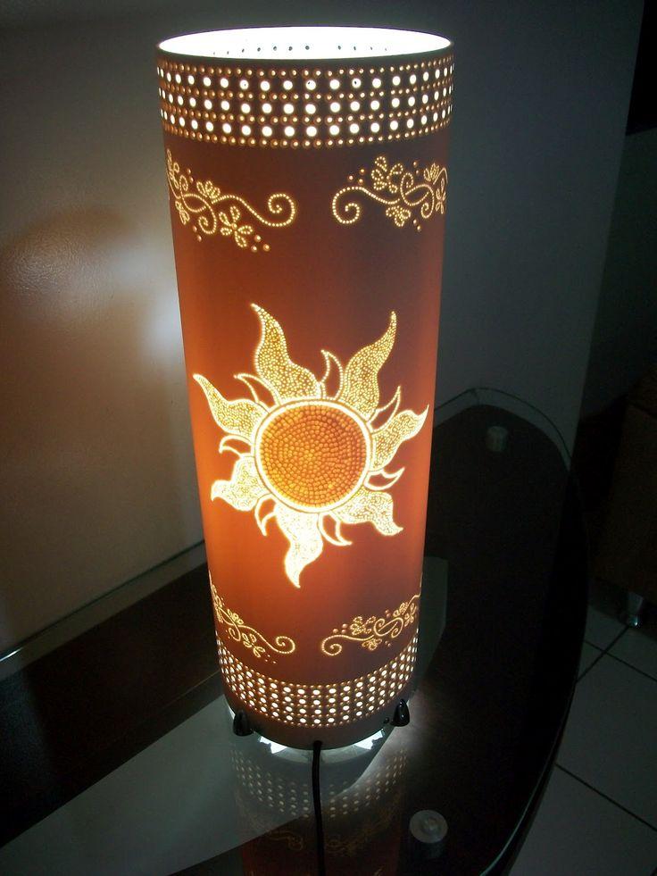 Luminária de 45cm, cano de 150mm. Desenho das lanternas flutuantes do filme Enrolados da Disney.Recebí encomenda para fazer uma lumi...