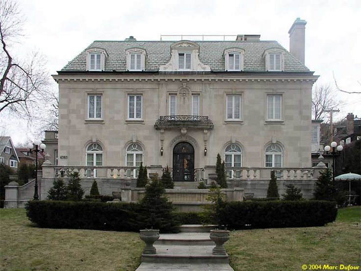 That classy Beaux-Arts style mansion on Westmount avenue used to belong to Robert Obadia, a businessman who specialized in running airlines to the ground.