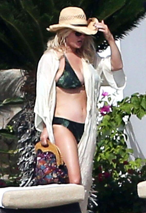 Jessica simpson en bikini de cuerda
