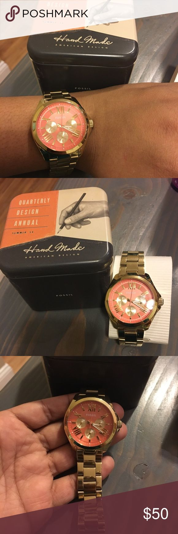 Fossil gold watch! Beautiful and stylish Gold Fossil watch gently used, comes with original tin box, all links are in, need new batteries! Fossil Accessories Watches