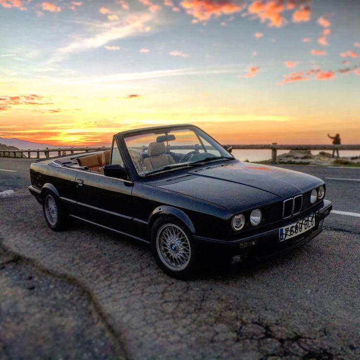 BMW E30 320I Cabrio, Atardecer en La Corniche.