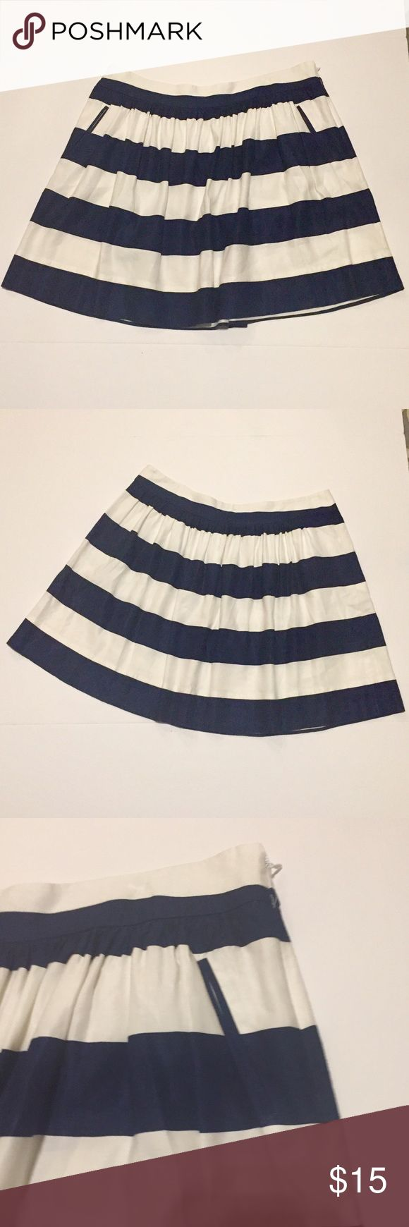 Cynthia Rowley nautical skirt size 12 with pockets In excellent condition, this skirt is the perfect addition to a well rounded closet. Size 12 Cynthia Rowley Skirts A-Line or Full