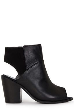 This pair of leather boots features a peep toe design, cut-away heel, mid heel and zip fastening to inner foot. All sizes are EU sizes. See size guide for conversions.Fabric:Main: 100.0% Leather.Wash care:Do Not CleanProduct code: 02299077 £65.00