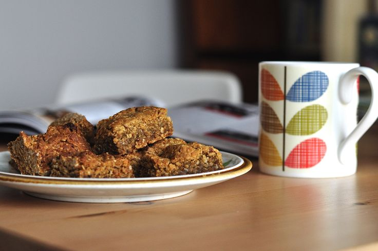 In the Kitchen :: Chewy Date and Oat Slice - Little Bit of Thyme