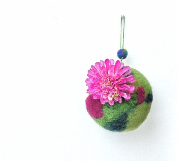 Small hanging pod for airplant Tillandsia  Felted by lululalaine