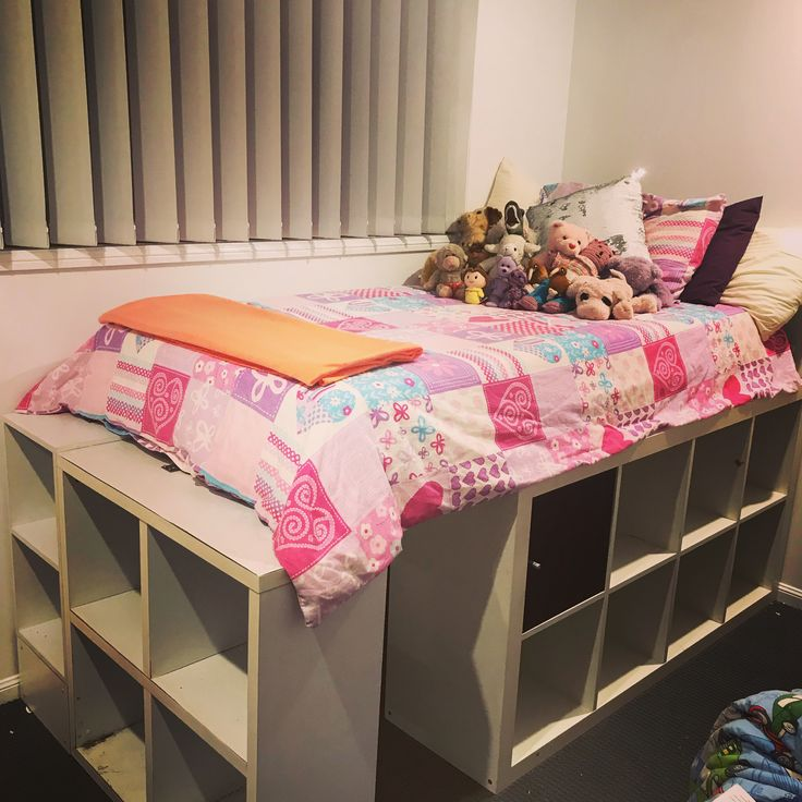DIY Cube Furniture Kids Platform Bed with Cubby! Diy