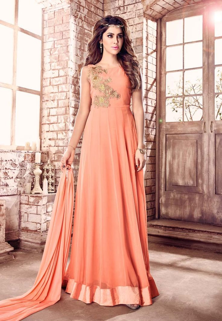 Best deal on Glamorous Ladies Evening Wear or visit - http://www.lagadeals.com