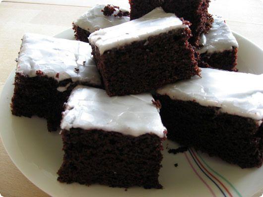 Svampet nem chokoladekage - den er nem og god