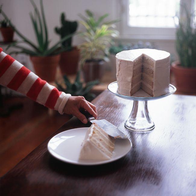 vanilla cake with lemon buttercream icing