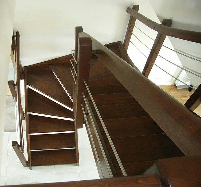 """Jeden z cytatów na dziś;) """"Schody życia nie muszą być takie straszne, gdy balustradą jest prawdziwa miłość...:)""""  #schodymika #stairs #schodydrewniane #produktyzdrewna #drewno #wood #wopdenproducts #woodworking"""
