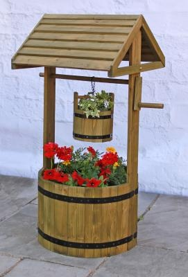 Wooden Decorative Wishing Well Planter