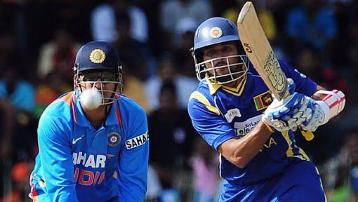 india बनाम श्रीलंका दूसरे टेस्ट मैच मेंIndia ने जोरदार वापसी करते हुए श्रीलंका की टीम को ऑल आउट कर दिया है 205 रनों पर sri lanka