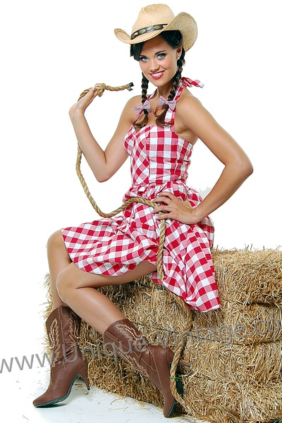 or cowgirl :): Cowgirl Numbers, Halloween Costumes, Cowgirlup Chic, Costumes Reference, Costume Reference, Gingham Dress, Cowgirl Stuff