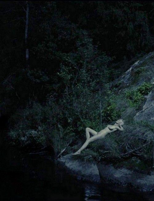 kirsten dunst, melancholia directed by lars von trier