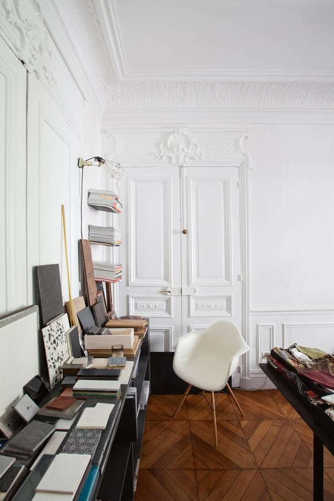 19th Century Drawing Room: House Tour: A Pared-back 19th-century Apartment In Paris