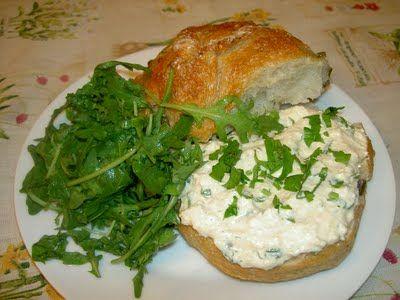 Zöldfűszeres sajtkrém vegánul és egyszerűen