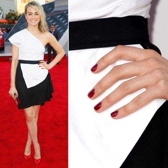 Best color nails for black dress