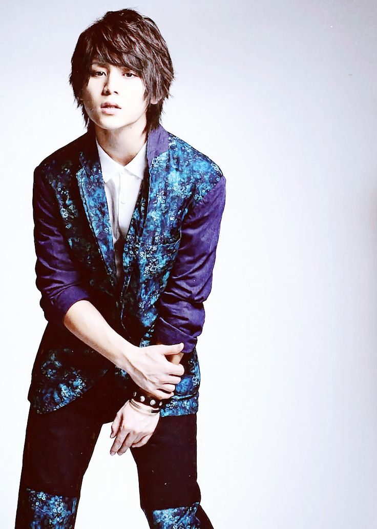 Yamada Ryosuke  (the textiles on his outfit are really fitting)