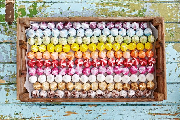 These Meringue Kisses Want To Be The New Cupcake