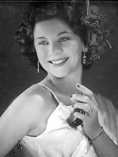 Lolita Rodrigues, nome artístico de Sílvia Gonçalves Rodrigues Leite, é uma atriz e cantora brasileira. Rodrigues Leite é seu sobrenome de casada. Wikipédia Nascimento: 10 de março de 1929 (86 anos), Rio de Janeiro